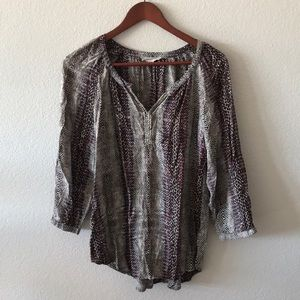 Beach lunch lounge detailed blouse